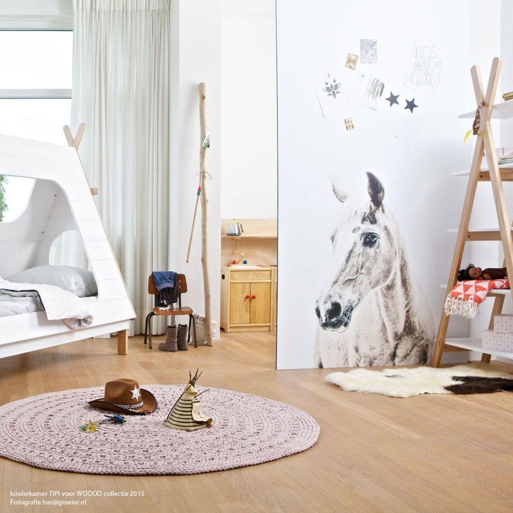 Scandinavian Style Kids Room: Animal Magnetic Wallpaper